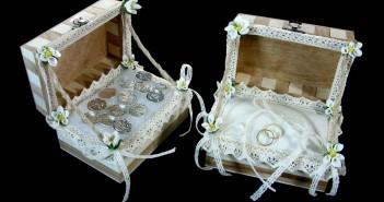 El compromiso del matrimonio: – Los anillos, las arras y las joyas