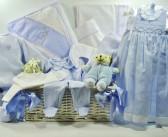 Regalo infantil: Ropa y utensilios para el bebé – Niños hasta 3 años